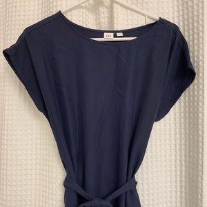 Simple navy blue gap dress